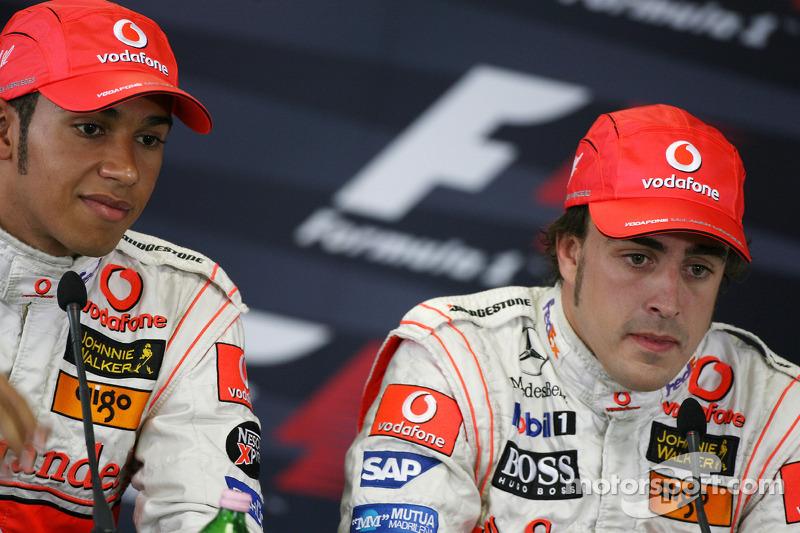 Qualifying basın toplantısı: Pole: Kazanan Fernando Alonso, 2. Lewis Hamilton