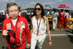 Scuderia Ferrari, Jean Todt y Dr. Michelle Yeoh novia de Jean Todt, Director General de Ferrari