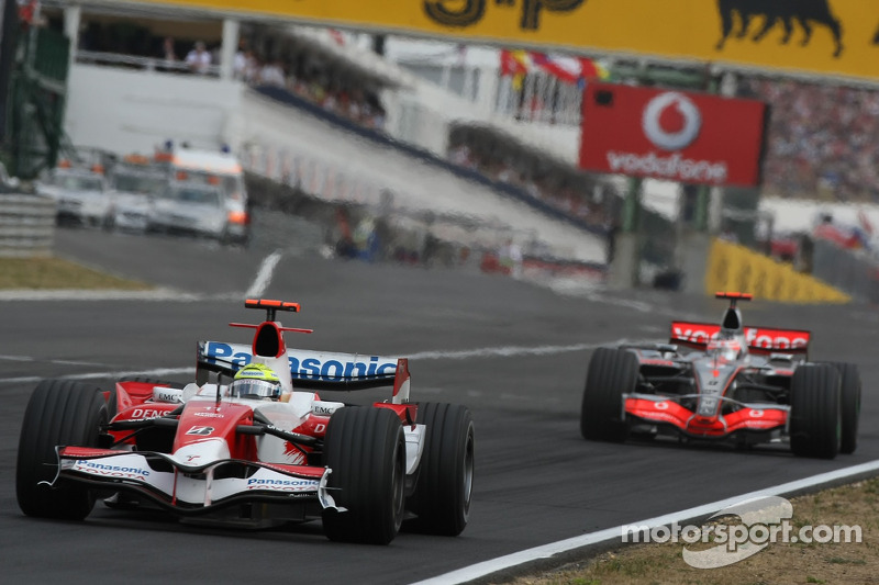 Ralf Schumacher, Toyota Racing, TF107 y Fernando Alonso, McLaren Mercedes, MP4-22