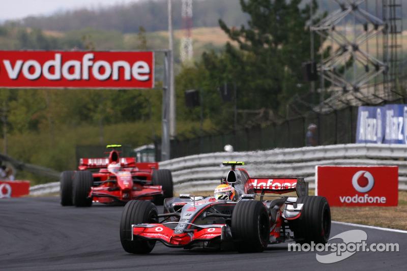 Hamilton, el piloto con más vueltas al frente en Hungría
