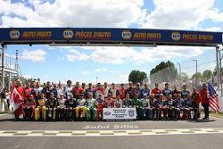 Séance photo: les pilotes NASCAR Busch Series pour la première édition du NAPA Pièces d'auto 200 pré