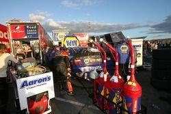 Équipes NASCAR Busch Series emballent les transporteurs