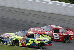 Kyle Busch et Dale Earnhardt Jr.