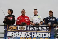 Remote controlled bike race: Noriyuki Haga, Troy Bayliss, James Toseland, Max Biaggi