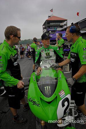 Jamie Hacking et l'équipe Kawasaki