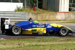 11ème, #32 Harald Schlegelmilch LAT HS Technik Dallara F306 Mercedes HWA
