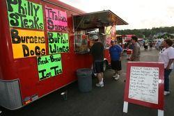 Stand de restauration à la Fan Fest Watkins Glen