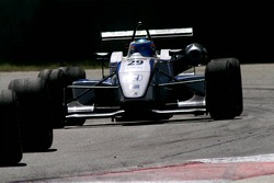 Pneu à pneu #29 John Martin AUS Alan Docking Racing Dallara F307 Mugen-Honda