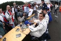 Autograph session: Marc Gene and Nicolas Minassian