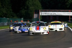 #95 James Watt Automotive Porsche 997 GT3 RSR: Paul Daniels, Dave Cox, Joel Camathias