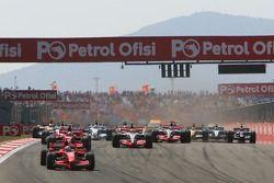 Start: Felipe Massa, Ferrari, führt