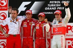 Podium: Stefano Domenicali, Scuderia Ferrari, Sporting Director, second place Kimi Raikkonen, race w