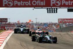 Rubens Barrichello, Honda Racing F1 Team, RA107, Jarno Trulli, Toyota Racing, TF107, Jenson Button, Honda Racing F1 Team, RA107