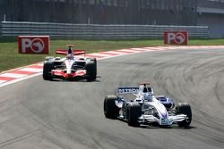 Nick Heidfeld, BMW Sauber F1 Team, F1.07, Fernando Alonso, McLaren Mercedes, MP4-22