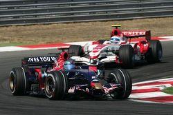 Vitantonio Liuzzi, Scuderia Toro Rosso, STR02 and Anthony Davidson, Super Aguri F1 Team, SA07