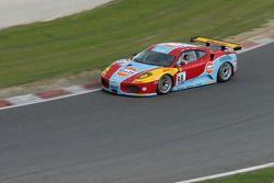Virage 15: #98 ICE POL Racing Team Ferrari F430 GT: Yves Lambert, Christian Lefort, Stéphane Lemeret