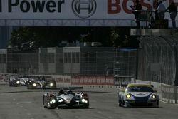 #1 Audi Sport North America Audi R10 TDI Power: Rinaldo Capello, Allan McNish, #73 Tafel Racing Pors