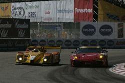 #7 Penske Racing Porsche RS Spyder: Romain Dumas, Timo Bernhard, #61 Risi Competizione Ferrari 430 G