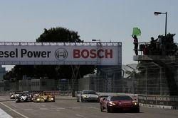 Redémarrage: #61 Risi Competizione Ferrari 430 GT: Gianmaria Bruni, Eric Hélary