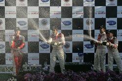 Podium P1: champagne pour Emanuele Pirro et Marco Werner