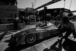 Pitstop for #7 Penske Racing Porsche RS Spyder: Romain Dumas, Timo Bernhard