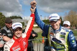 Le vainqueur Marcus Grönholm et la deuxième place de Sébastien Loeb