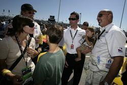 Max Papis avec sa famille et Bobby Rahal