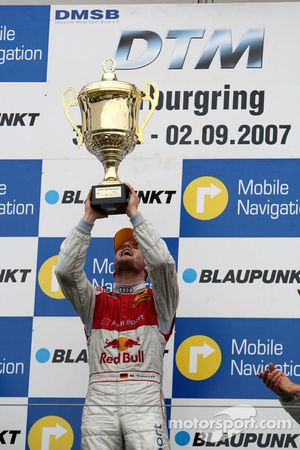Podium: le vainqueur Martin Tomczyk