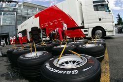 Toyota F1 Team, Bridgestone lastiğis