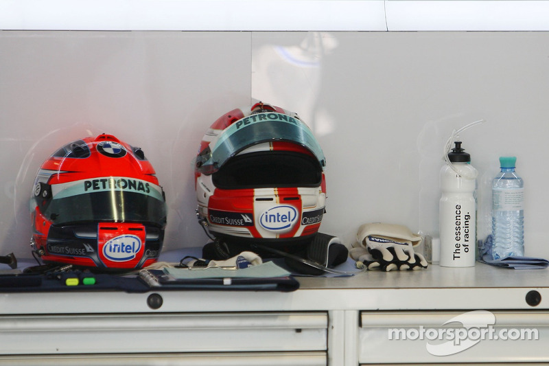 The old and new helmets of Robert Kubica, BMW Sauber F1 Team