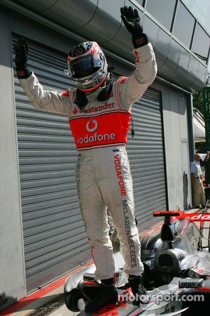 El ganador de la pole del GP de Italia 2007, Fernando Alonso