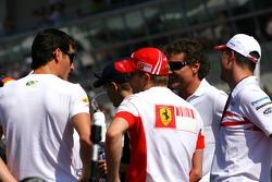 Mark Webber, Red Bull Racing, Kimi Raikkonen, Scuderia Ferrari