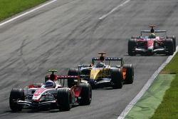 Anthony Davidson, Super Aguri F1 Team, Giancarlo Fisichella, Renault F1 Team