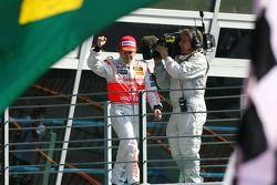 Podio: ganador de la carrera Fernando Alonso
