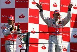 Podio: ganador de la carrera Fernando Alonso, segundo lugar Lewis Hamilton