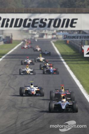 Ricardo Risatti leads the field
