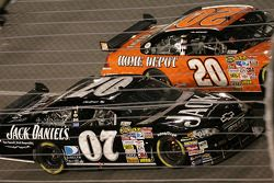 Clint Bowyer et Tony Stewart