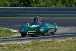 1956 Lotus 11 - conduite par Nick Grewal