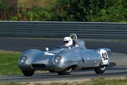 1956 Lotus 11 - conduite par Brian MacEacher