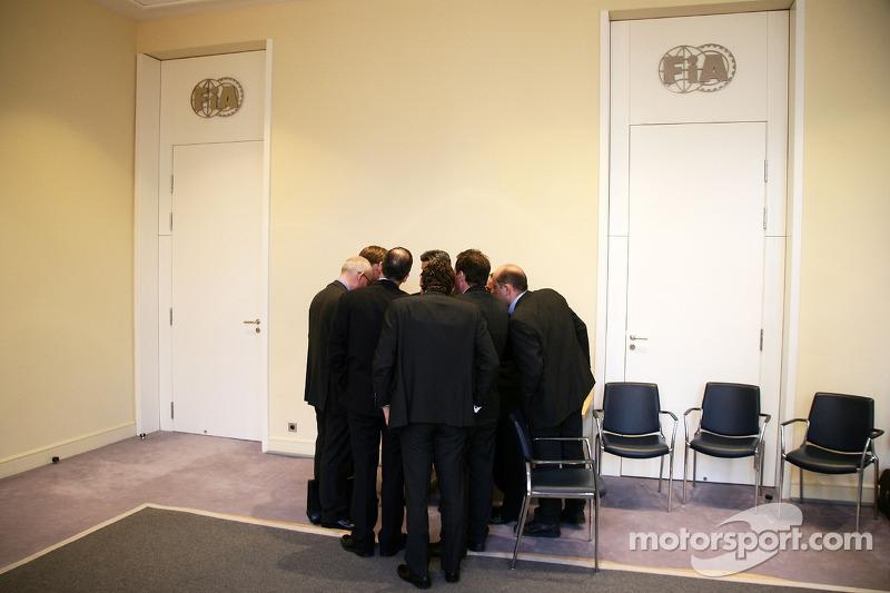 McLaren Mercedes, legal team