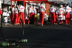 Toyota Racing, pit stop training