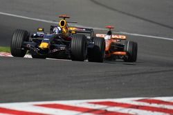 David Coulthard, Red Bull Racing, RB3 et Adrian Sutil, Spyker F1 Team, F8-VII-B