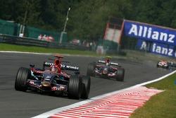 Vitantonio Liuzzi, Scuderia Toro Rosso, STR02, Sebastian Vettel, Scuderia Toro Rosso, STR02