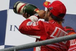 Podio: segundo lugar Felipe Massa, Scuderia Ferrari