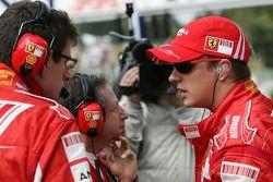 Kimi Raikkonen, Scuderia Ferrari, Jean Todt, Scuderia Ferrari, Ferrari CEO, Chris Dyer, Scuderia Fer