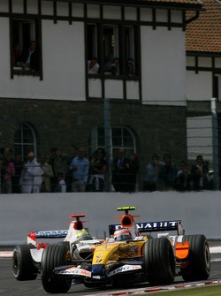 Heikki Kovalainen, Renault F1 Team, Ralf Schumacher, Toyota Racing