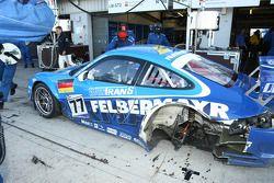 Problème pour la #77 Team Felbermayr Proton Porsche 997 GT3 RSR: Marc Lieb, Xavier Pompidou