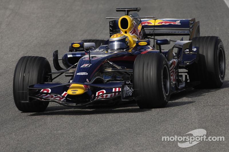 Buemi testou pela Red Bull em 2007
