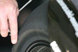 Détail d'un pneus Kawasaki