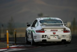 #87 Marcus Motorsports Porsche 997: Mike Johnson, Bob Heniff